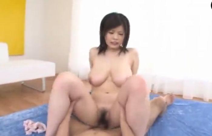 【三次エロ動画】超レア級のおっぱい!童顔爆乳娘の激揺れ絶頂セックスwww