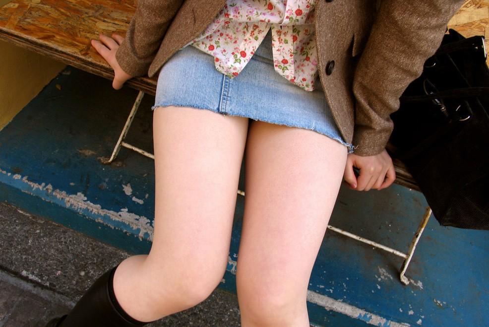 【美脚エロ画像】膝枕できたら絶対幸せw色んな夢が詰まった女の太ももwww 12