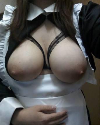 【自撮りエロ画像】乳に自信がある人大歓迎!女神の高クオリティ自撮りおっぱいwww 13