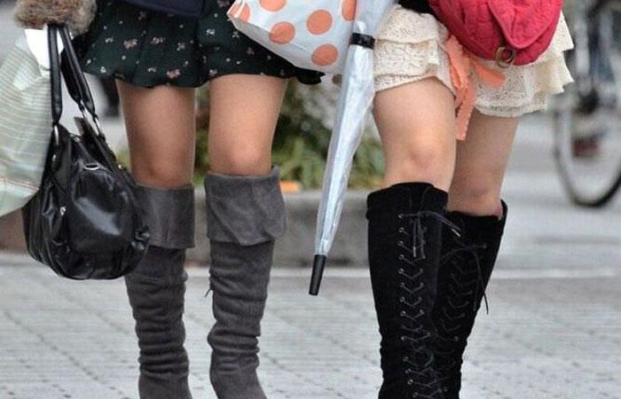【美脚エロ画像】ブーツで絶対領域!冬でも堪能させてくれる街の美脚www 001