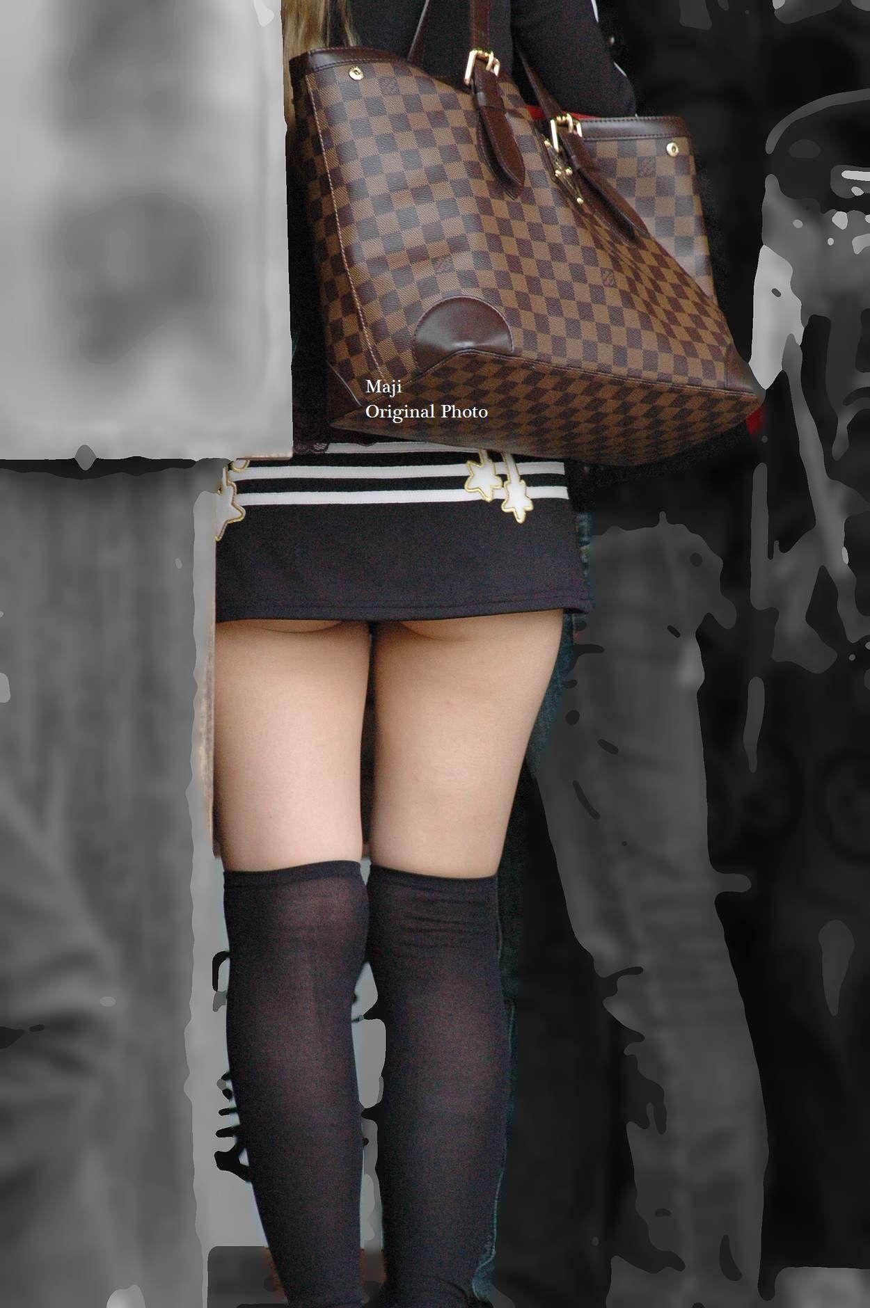【チラリズムエロ画像】パンツ見えなくてもコレなら諦めつくwミニスカ尻チラwww 11